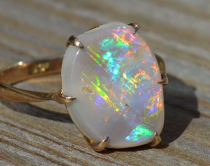 Featured listing image: Australian Black Opal and Gold Ring, Antique