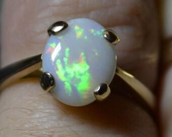9ct Gold Australian Opal Ring