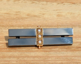 Antique Jet and Pearl Mourning Brooch