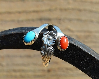Silver Kingman Turquoise and Coral Floral Ring, Navajo R.B