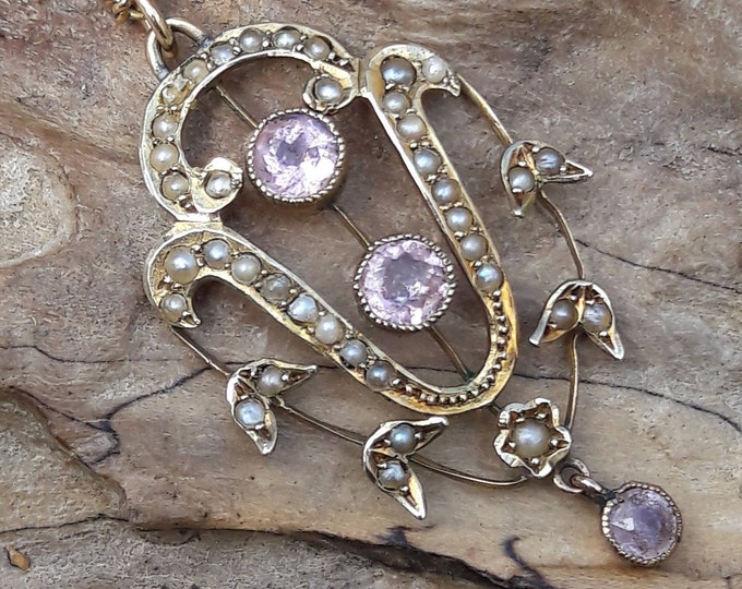 9ct Gold, Rose Quartz and Seed Pearl Pendant/Lavaliere on 9ct Gold Curb Chain