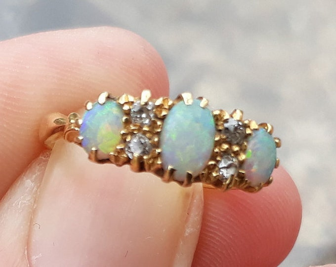 18ct Opal and Diamond Ring, Antique