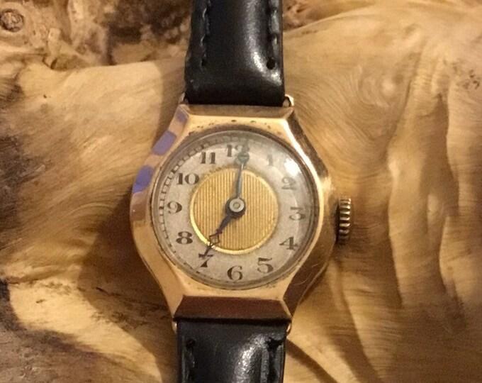 Vintage Gold Ladies Wrist Watch
