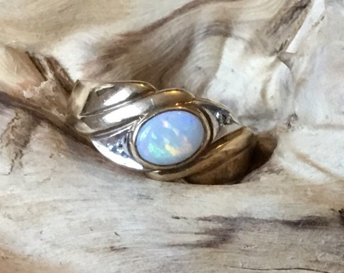 9ct Opal and Diamond Ring