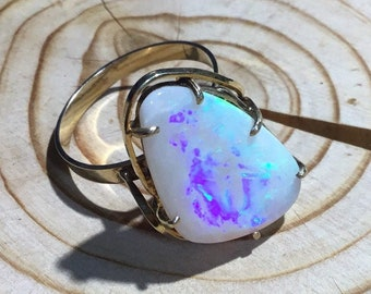9ct Gold Opal Rings