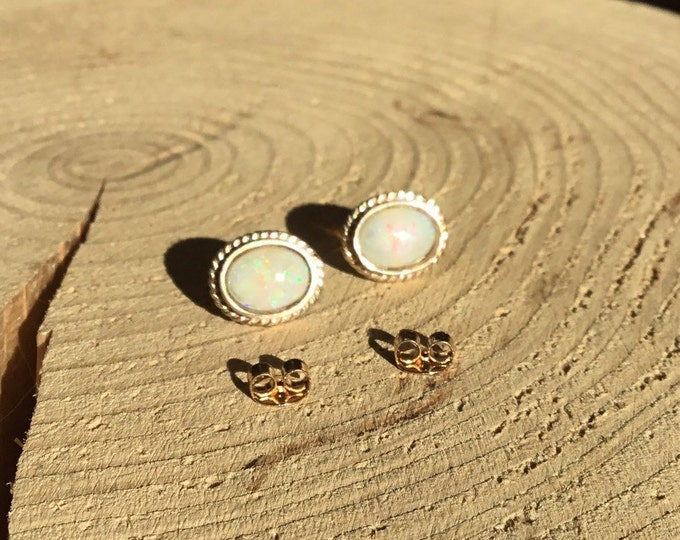 9ct Opal Stud Earrings