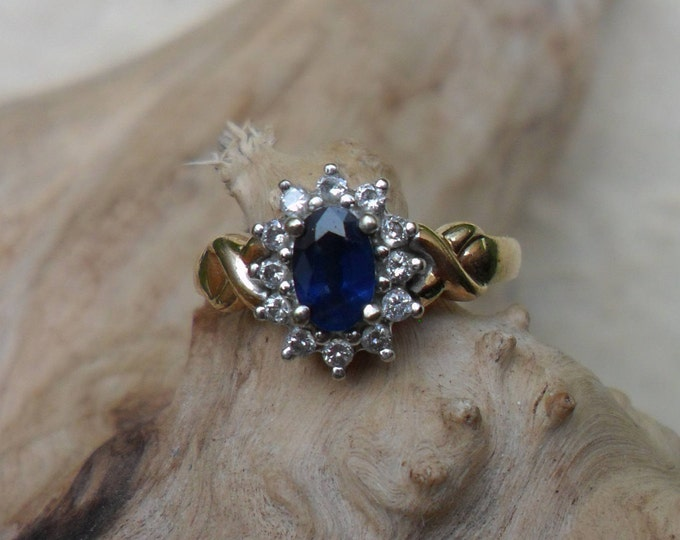9ct Sapphire and Diamond Ring, Cluster
