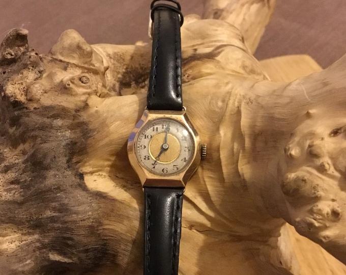 9ct Ladies Wrist Watch, Vintage