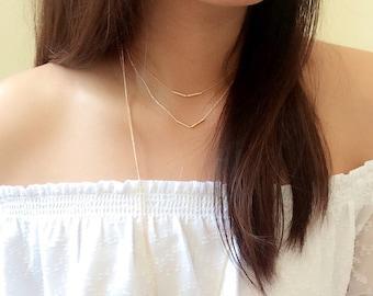 Dainty V necklace // dainty chevron necklace // V choker necklace // gold and 2 tone necklace // minimalist necklace