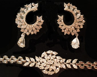 New Bridal Silver With Cryral Floral Bracelet Set With Crystal Matching Earrings