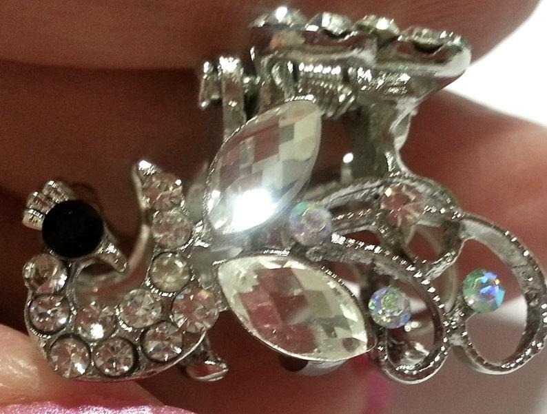 New Small Rhinestone Silver Peacock /& CZ Crystal  34/'/' Hair Claw Clip