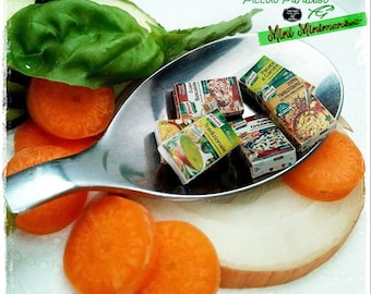 Italian Miniature Food, Handmade, Minestroni e Zuppe Knorr in miniature dolls house in 1:12 th scale