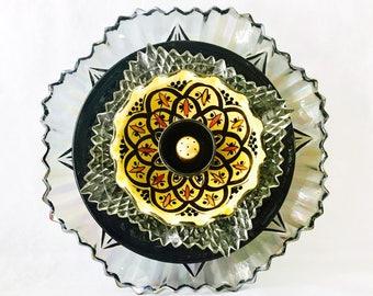 "Sale: PRINCE ALI BABA, 10"" Glass Plate Flower, Garden Sculpture, Yard Art, Suncatcher"
