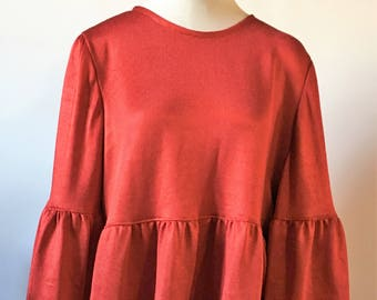 Red blouse, fantastic for all occasions. Red blouse, great for all occasions.