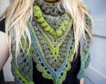 Boho Leafy  shawl (ready to ship)