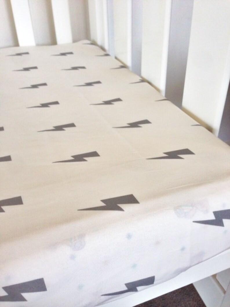 Baby cot Sheet Grey Lightening bolt Modern Fitted Crib Sheet