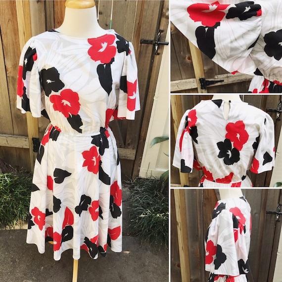 1980's Bold Floral Dress