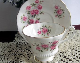 Royal Albert Un-Named with Tiny Pink Roses and Green Leaves Bone China Tea Cup and Saucer