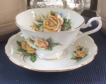 Royal Albert Un-Named with Large Yellow Roses Bone China Tea Cup and Saucer