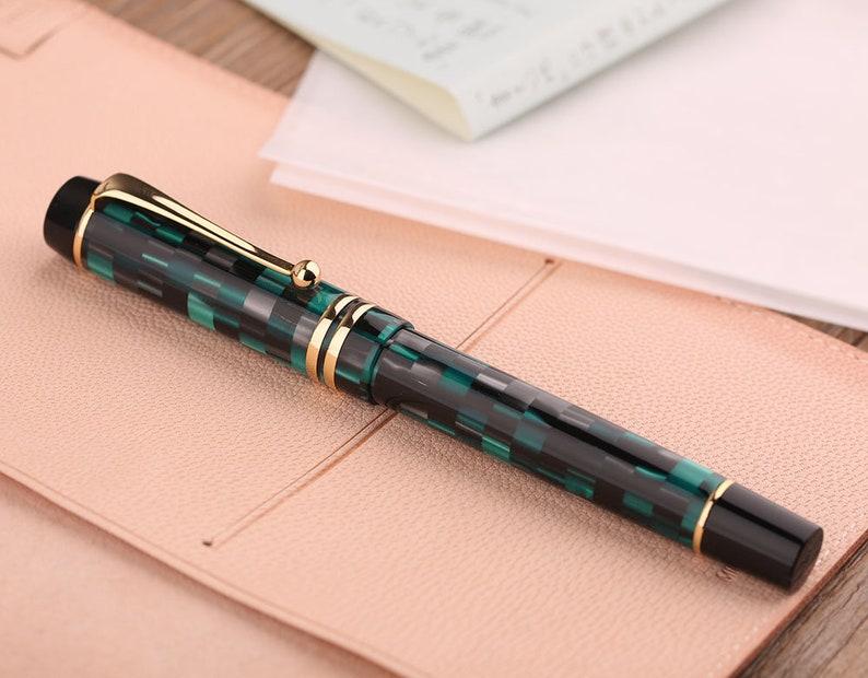 Fine Nib Vintage Pens Moonman M600 Acrylic Green Chessboard Fountain Pen Case Set Calligraphy Pen Executive Pens
