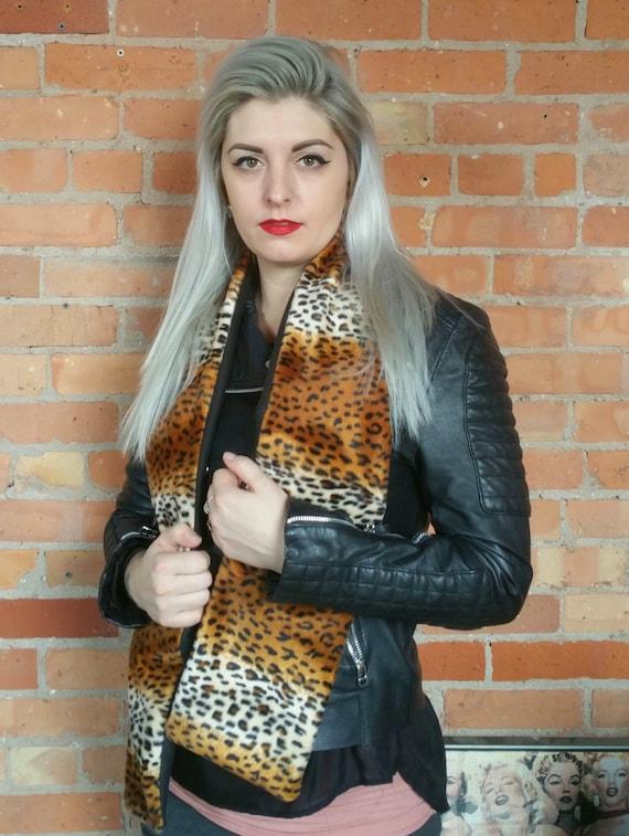 FLEECE LINING - Faux fur, faux leopard print scarf. Rockabilly cheetah print scarf. Faux fur scarf faux fur shawl faux fur wrap