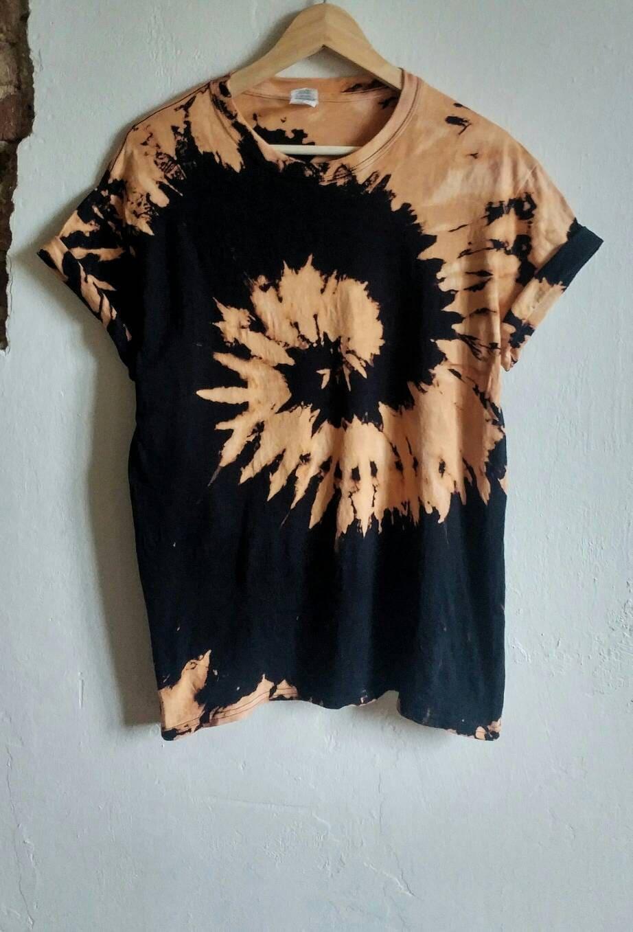 f7f5702e729e7 Tie Dye Black T Shirt With Bleach - DREAMWORKS