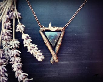 SALE  Solid copper necklace sacred triangle ritual magic. Natural labradorite. Two finishes