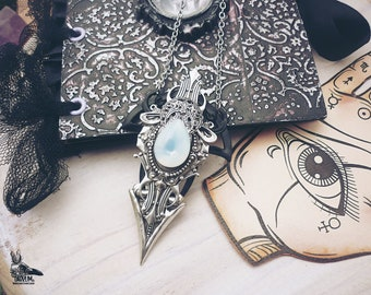 Hidden Reality unisex occultism jewelry pendant mens &women opal nature