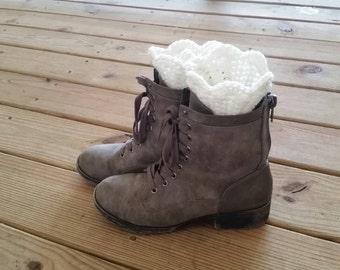 Scalloped Boot Cuffs - Crochet Bootcuffs - Fancy Crochet Bootcuffs