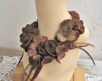 Flower necklace Statement necklace Felted necklace Brown necklace Felted flowers Felt jewelry Gorgeous necklace Felted wool jewelry