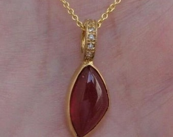 4 Carat Cabochon Ruby Teardrop Pendant 14K Yellow Gold Necklace