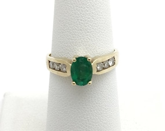 Oval Cut Natural Emerald with Diamonds Yellow Gold Ring 14K yellow gold Size 7.25