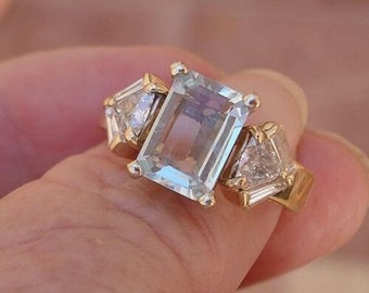 1.5 Carat Aquamarine and Trillion Cut Diamond 14k Yellow Gold Ring