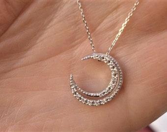 18K White Gold Crescent Moon Diamond Pendant Necklace