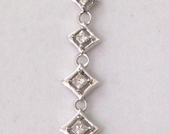 4 Diamond Graduating Drop Pendant - 14K White Gold 0.25 Carats 1/4 Carat by Luxinelle