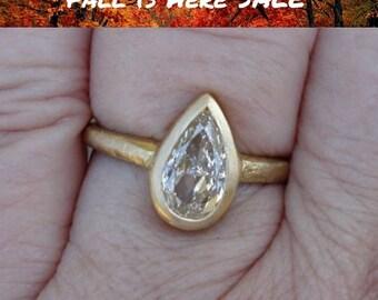 1 Carat Pear Shaped Diamond Ring - 18K Matte Gold