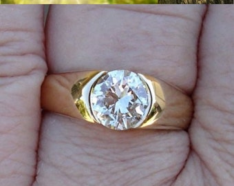 GIA Certified 1 Carat Internally Flawless Diamond Solitaire Ring - 14K Yellow Gold