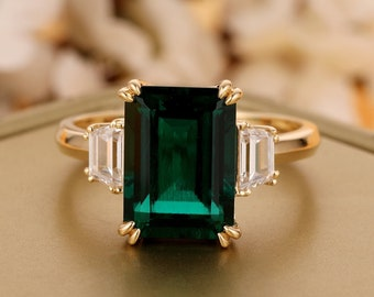 Brilliant 3.55CT Lab Created Emerald Center Engagement Ring,Minimalist Style Anniversary Ring,Promise Ring For Female,14K Yellow Gold Ring