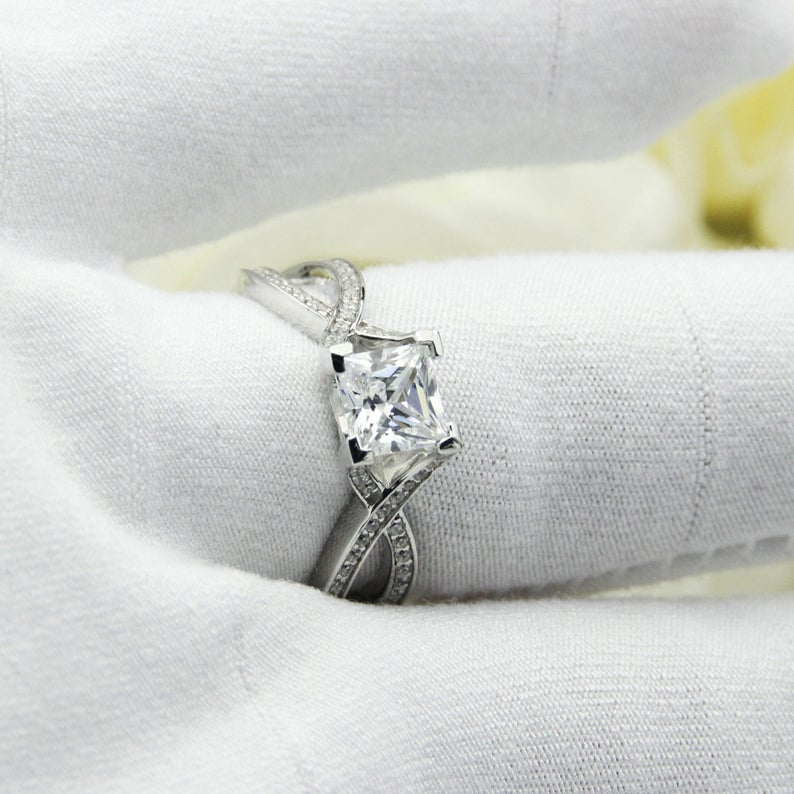 Brilliant 6x6mm Princess Cut Moissanite Female Engagement Ring,14K White Gold Cross Shank Style Ring Gift For Women,Wedding Anniversary Ring