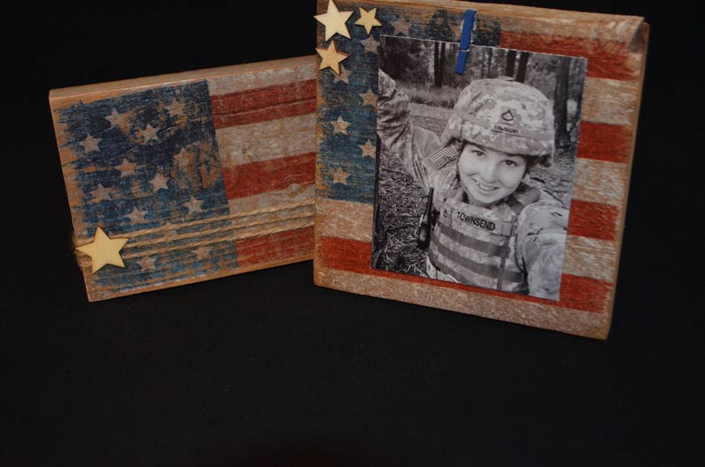 Here are some DIY recycled 4th of July crafts for you to make and enjoy. These crafts feature things you can recycle, which saves you money. It also makes them more unique and fun! This rustic American flag frame will be one of your favorites!