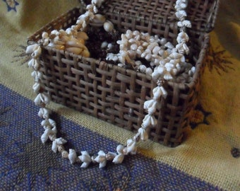 Vintage 35 Inch Brown Spotted and White Momi Shell Lei Necklace