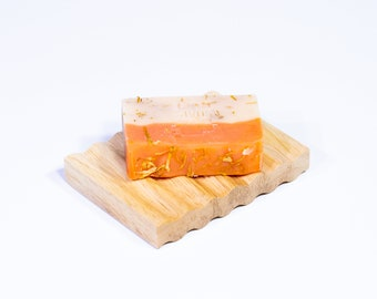 Gift Pack - Sustainable Wooden Soap Dish & Soap