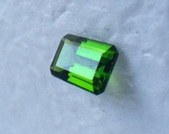 Chrome Diopside Rectangle Cut Loose Gemstone