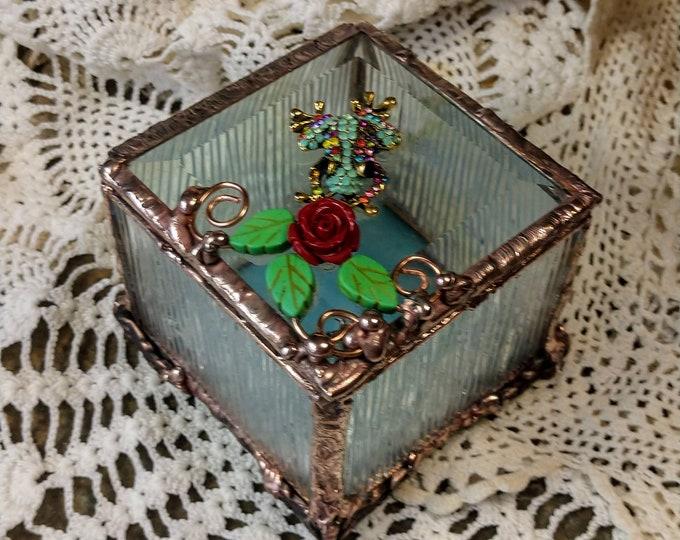 Beautiful Handmade Stained Glass Box - Garden Frog