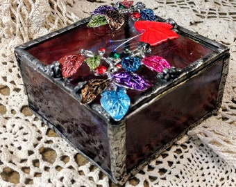 Beautiful Handmade Stained Glass Box - Butterfly Garden