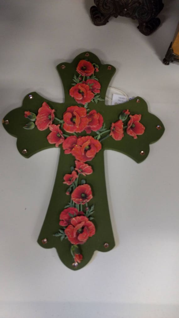 Beautiful 3-D Cross with Die Cut Poppies