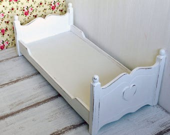 Wooden bed for dolls, 1:6 scale, furniture for 12 inch doll, BJD, for Barbie, Blythe, Pullip, Momoko, dollhouse diorama, Shabby cottage chic