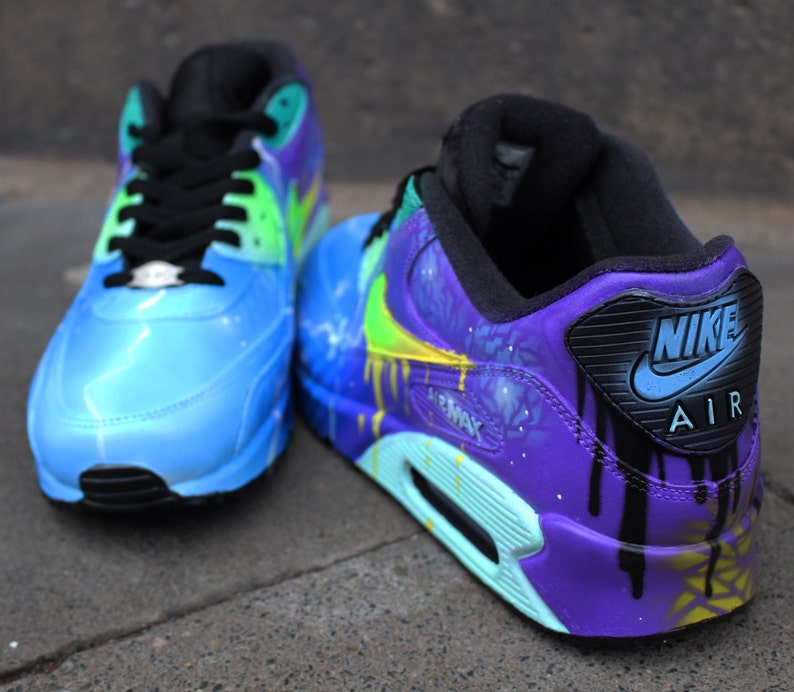 size 40 d48cc e3841 Airbrush Custom Nike Air Max 90 zapatillas galaxia púrpura   Etsy