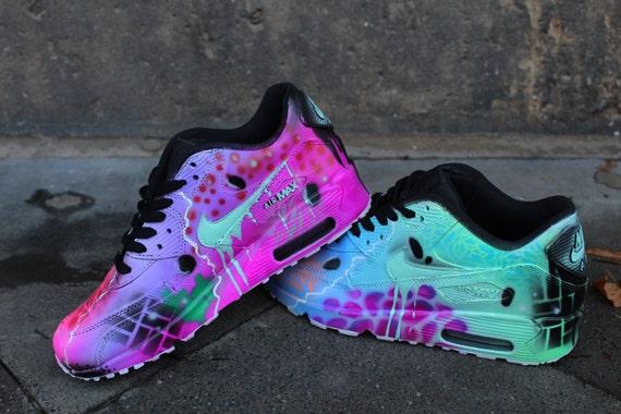 Aangepaste Nike Air Max 90 funky Galaxy kleuren graffiti airbrush sneaker kunst