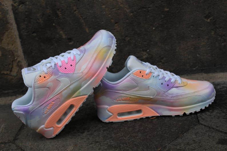 online retailer 62f67 b3caf Custom painted Nike Air Max 90 Cloudy pastell Dream Art Style   Etsy